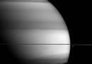 Фото Сатурна показывает районы наибольшего содержания метана