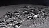 Видео пролета New Horizons над Плутоном. Поверхность Плутона частично покрыта льдом
