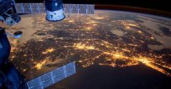 Видео с МКС онлайн (Трансляция с веб камеры МКС онлайн) - Расчет текущего положения МКС в реальном времени.